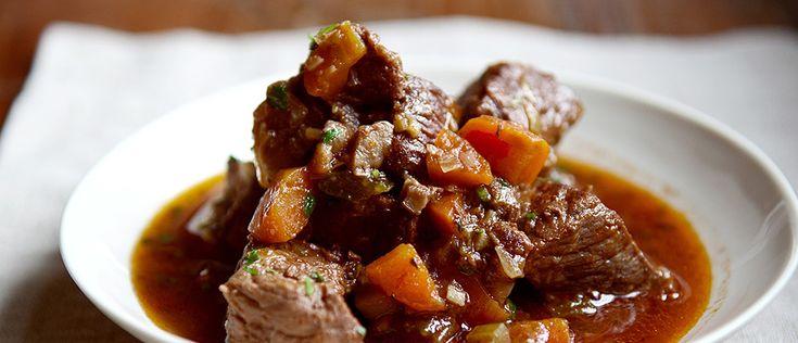 A carne de panela não precisa ficar de fora do cardápio. Basta um preparo feito com cortes magros, e aquele segredinho que vou compartilhar agora com você.