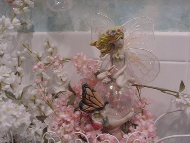 I adore these bubble fairies by Jessica Destefano I have a couple of them, I need to find more!