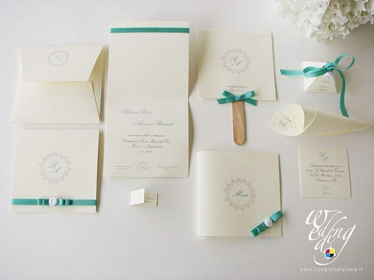 Elegante coordinato dai toni avorio e verde Tiffany.