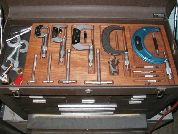 Fitted tool tray for wooden machinist tool box