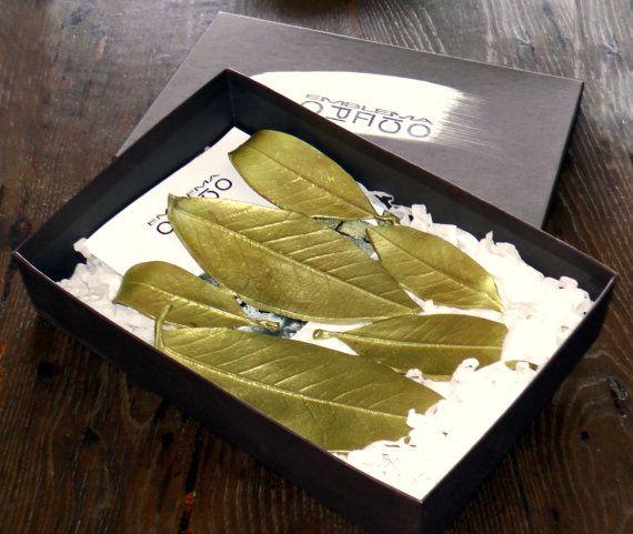 """Vassoio in ottone """"foglie"""" / Brass tray """"Leaves"""" / Plateau en laiton """"feuilles"""" #déco #maison #decoration #design #home #decor #EmblemaOpificio"""