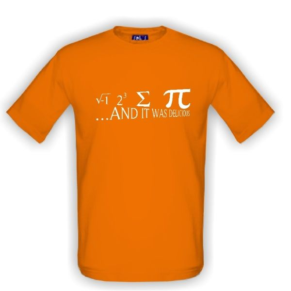 Schválně, dokážete si tohle matematické tričko přeložit? ;) Pokud ne, nápovědu najdete na našich stránkách.