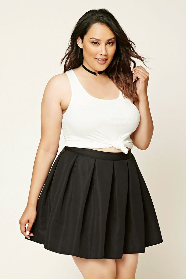 Forever 21+ - A woven skirt featuring allover pleating, a short length, and a concealed side zipper.