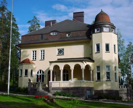 Rantalinna Manor (Jugend linna 1912), Ruokolahti. Finland. The building used to belong to  Romanov Prince Oldenburg. It is now a luxury hotel.