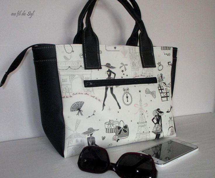 Petit sac cabas en simili cuir imprimé Paris et simili cuir noir
