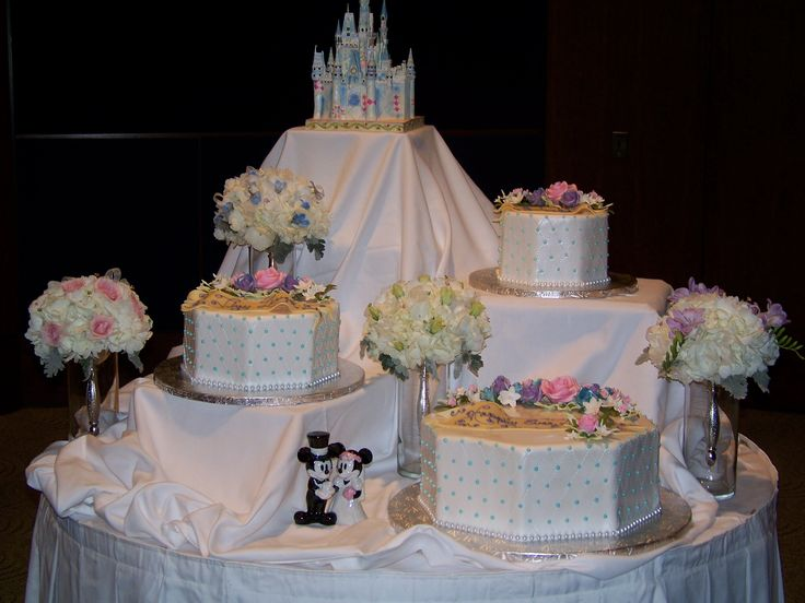 wedding cake table designs custom wedding cake design by disneymooner vanessa