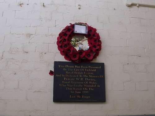 Lichfield City Station - plaque and poppy wreath - Private W.R. Davies
