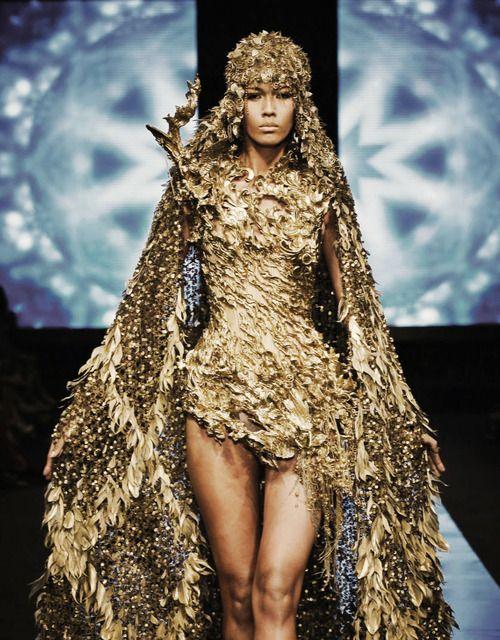 "Tex Saverio,  Jakarta Fashion Week 2012    ""Midas Collection"""