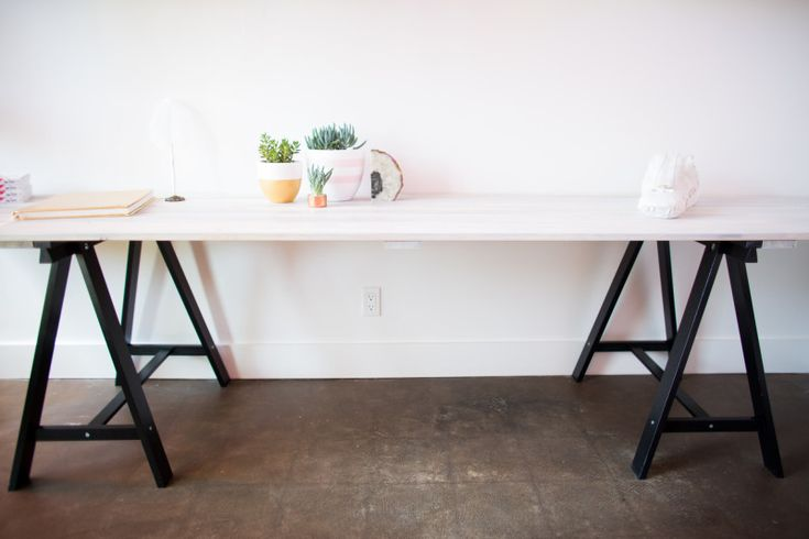 DIY Grey Stained Wood Plank Table   Can you imagine serving dinner on this bad boy?