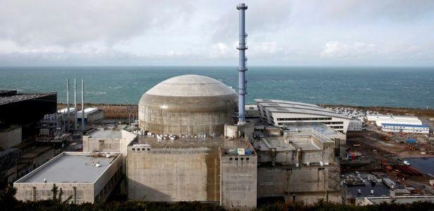 Explosão ocorre em usina nuclear na França