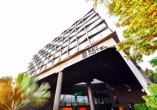Bay Hotel Singapore, salah satu hotel dekat dengan Universal Studios Singapore. Simak ulasan lengkapnya di situs Hotelspore.