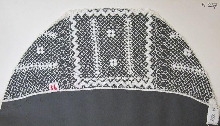 Čepec síťovaný, bavlna, Zubří, konec 19. století. Muzeum regionu Valašsko Valašské Meziříčí