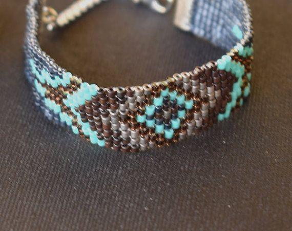 Handmade item.Beaded bracelet.Stitch by mariellascode on Etsy