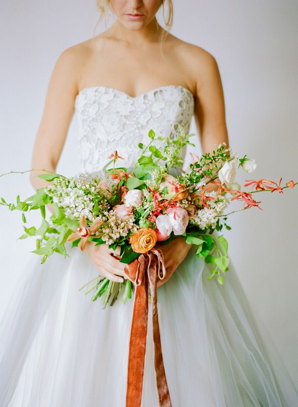 photo ali harper/flowers amy osaba/hair + makeup claudia mejerle/dress elizabeth dye: Diy Bride, Blushes Bouquets, Bridesmaid Dresses, Burnt Orange, Bride Floral, Camps Center, Elizabeth Dyes, Beautiful Bouquets, Grey Dresses