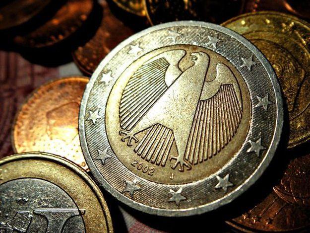 La crisi dell'Euro attuale e futura