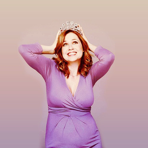 Would love to be as beautiful and radiant as Jenna Fischer when I am pregnant.