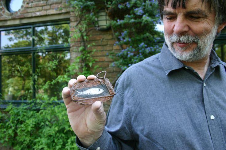 Wim Hofman met visje-op-blik foto: Bo de Jong