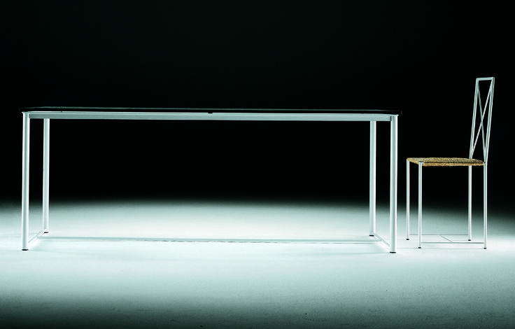FLEXFORM MOKA table, designed by ASNAGO & VENDER in 1985.