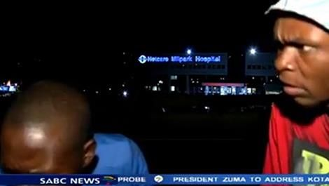 osCurve News: A journalist in South Africa was mugged by armed r...