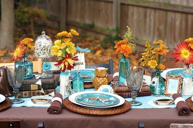 Beautiful Table: Holidays Parties, Fall Flowers, Fall Autumn, Colors Schemes, Thanksgiving Centerpieces, Fall Tables, Thanksgiving Tables Decor, Thanksgiving Tables Sets, Baby Shower