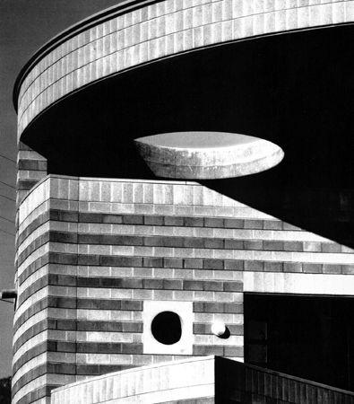 Oltre 25 fantastiche idee su architettura moderna su for Planimetrie in stile fienile