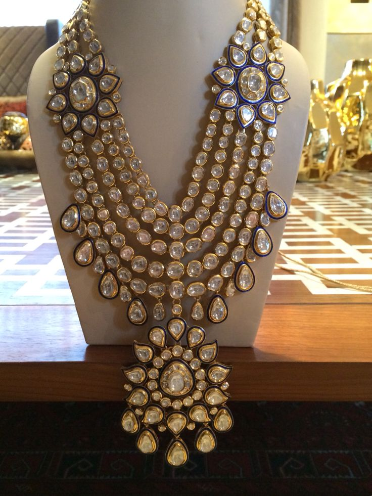 Polki bridal set. Uncut diamonds in hall mark gold.  Indian wedding jewelry