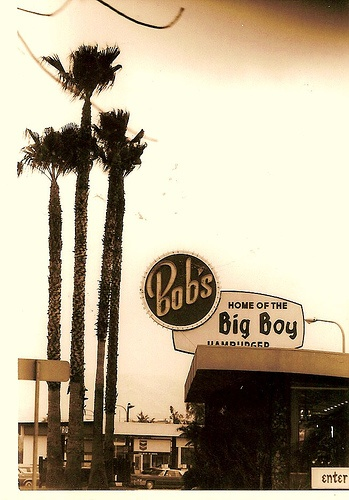 I LOVED going here on Friday evenings with my family! West Covina - Bob's Big Boy