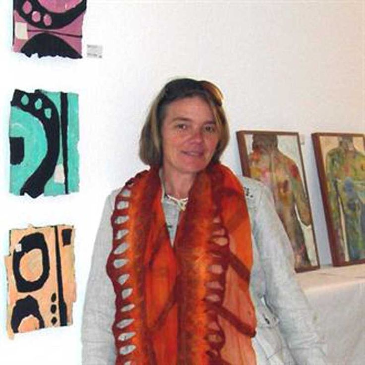 Verena Tagmann #artist Born in Switzerland, where Verena gained experience and schooling in colour and design work, which has now become an integral part of her ability to control and master these aspects of her work.  Her tremendous interest in contemporary European architecture in the 80s and 90s is often visible in her dynamic and interesting work - thus explaining the unique approach and understanding she has with shapes.