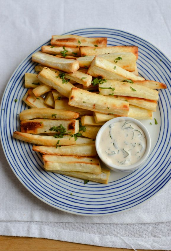 Baked yuca fries with creamy cilantro dip via chezsasha.com