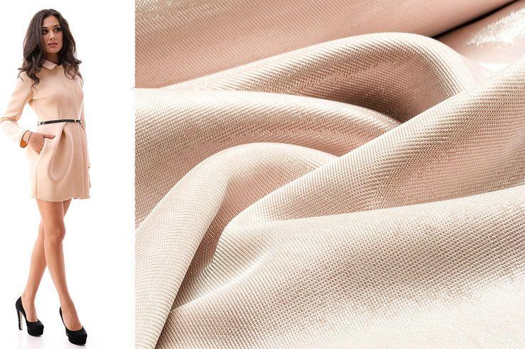Платье из неопрена. Современная ткань, которая отлично держит форму.