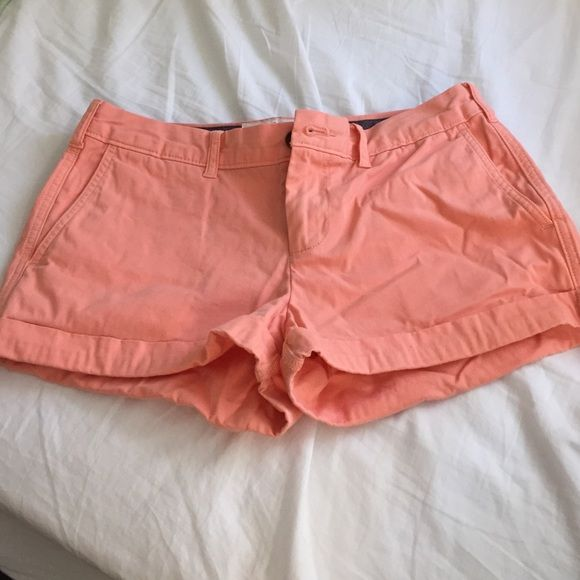 Jack Wills shorts Worn twice, perfect condition, super pretty coral color for Spring and Summer! *NO TRADES* Shorts