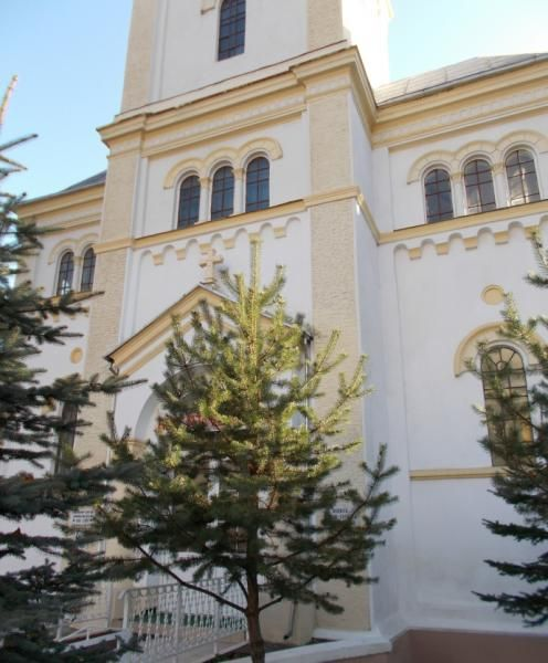 Biserica romano-catolica din Vatra Dornei - Pelerinaje - Femeia Stie.ro