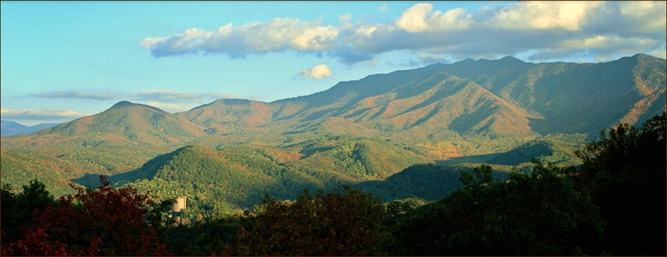 Why a Condo? - Gatlinburg Condo Hotels Luxury Hotel Condos in Gatlinburg, TN Mountain Views #smokies #smokymountains #highlandscondos