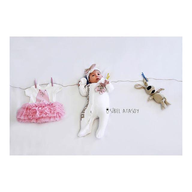 Biraz islaklik olunca annem beni boyle kuruturDoğum, aile, bebek, çocuk ve hamile fotoğrafları için sibeldincelatasoy@gmail.com adresinden bilgi alabilirsiniz #sibelatasoy #ilknefes #merhabahayat #melek #igkids #webstagram #photootherday #familyphotos #today #truelove #dogumfoto #hamile #hastane #konsept #bebekfotograflari #bebek #baby #masallah #ilkgulus #cute #angel #love #kids #truelove #newlife #webstagram #cocuk #child #familyphotos #pregnant #itsgirl #newlife #newborn #private