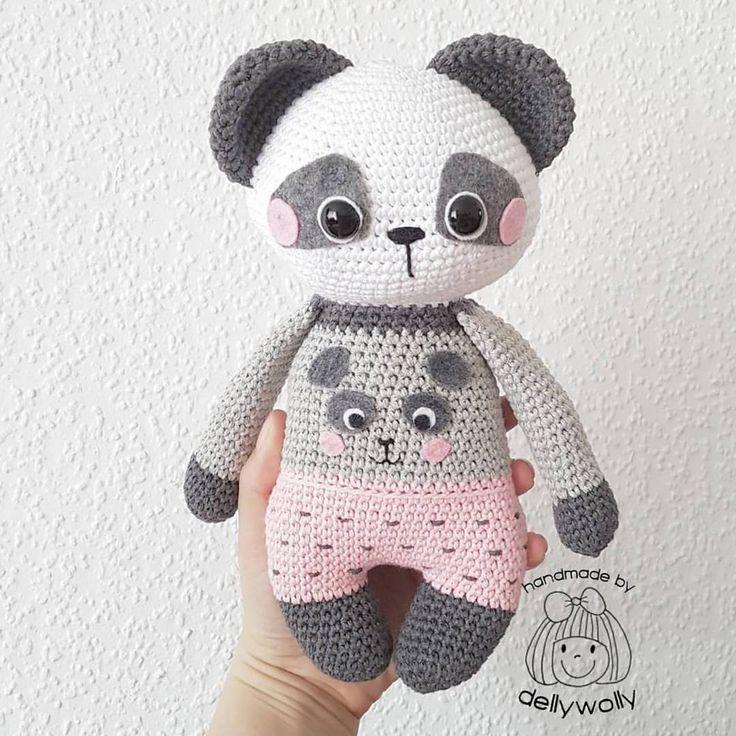 "Gefällt 1,510 Mal, 33 Kommentare - AMALOU.Designs (@amalou.designs) auf Instagram: ""@dellywolly I loooooooove your version of my Panda Girl Nele!!!!!!! Pattern/Anleitung…"""