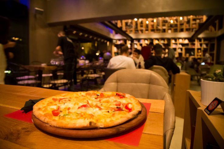 Δεν χρειάζετα να πάτε μέχρι την Ιταλία για να απολαύσετε αυθεντική Ιταλική πίτσα! Το Nobell φέρνει στο Γαλάτσι Ιταλιάνικο αέρα! #Nobell #ItalianPizza