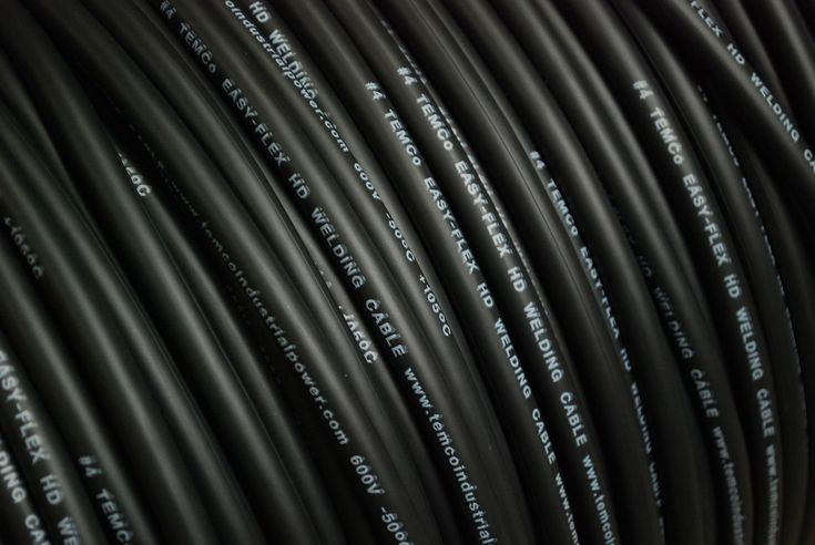 TEMCo WC0385 - 65 ft 4 Gauge AWG Welding Lead & Car Battery Cable Copper Wire BLACK   MADE IN USA