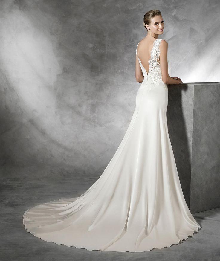 Tasmin Simple Lace Wedding Dress Pronovias Cosas