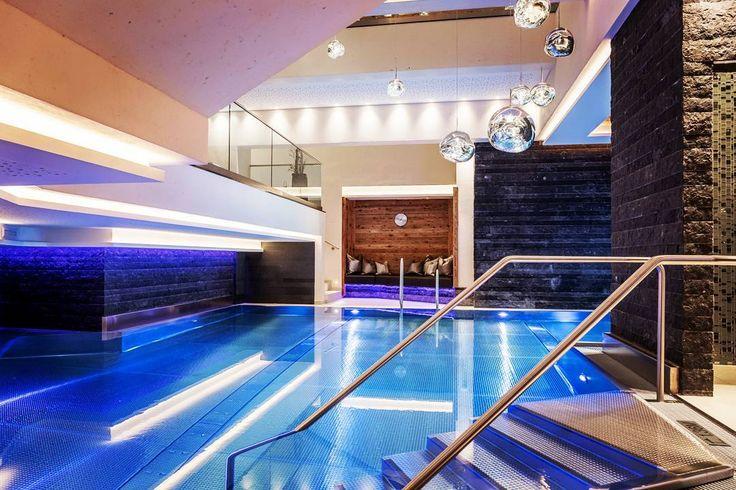 Relax if you can and #feelwell in our indoor swimming pool!  #enjoylife #spa #wellness #happy #luxury #style #design #beautiful #swim #swimmingpool #photooftheday #picoftheday #like4like #amazing #bestoftheday #sporthotelsilvretta #vitalspa #ischgl #tirol #visitaustria