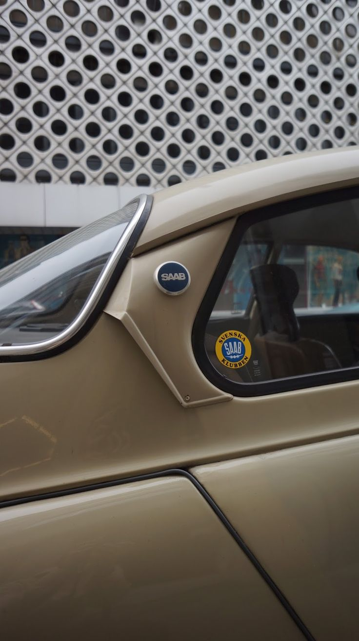 Saab DSC04649.JPG 897×1,600 pixels