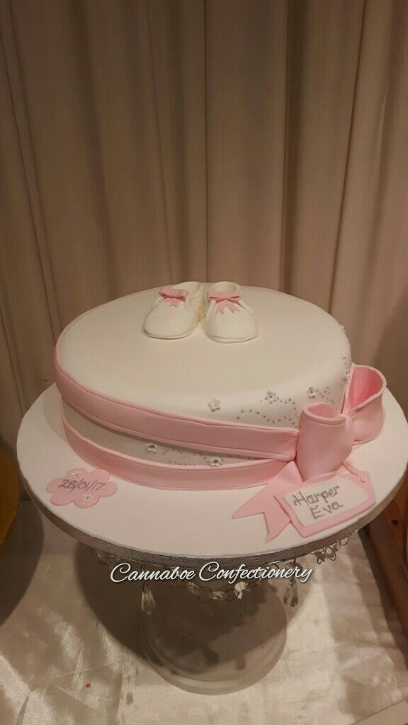 Dainty shoes christening cake