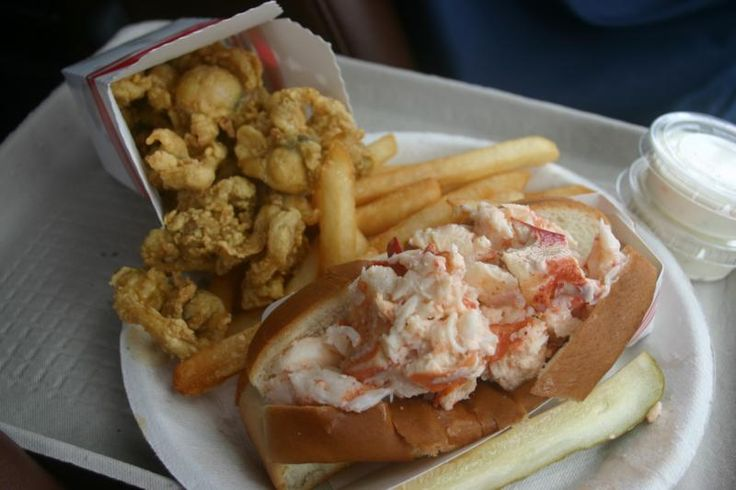fried clams and lobster roll: Bob's Clam Hut, 315 US Route 1 Kittery, Maine