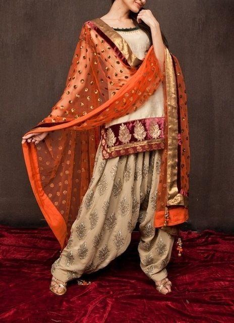 An elegant and classic chudidhar dresses online at #craftshopsindia