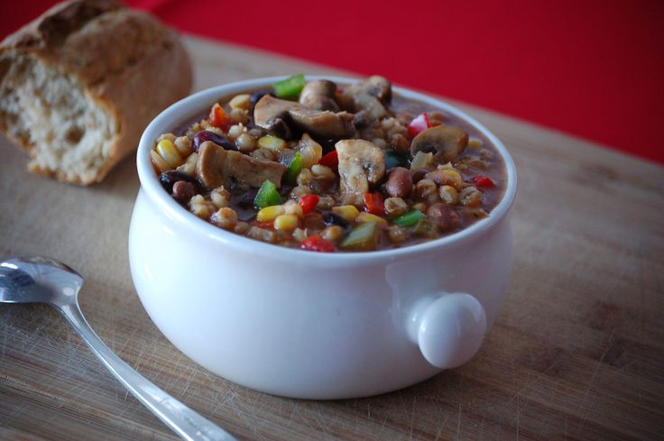 Mexican Mushroom Chili with Beans and Barley #Shroommates