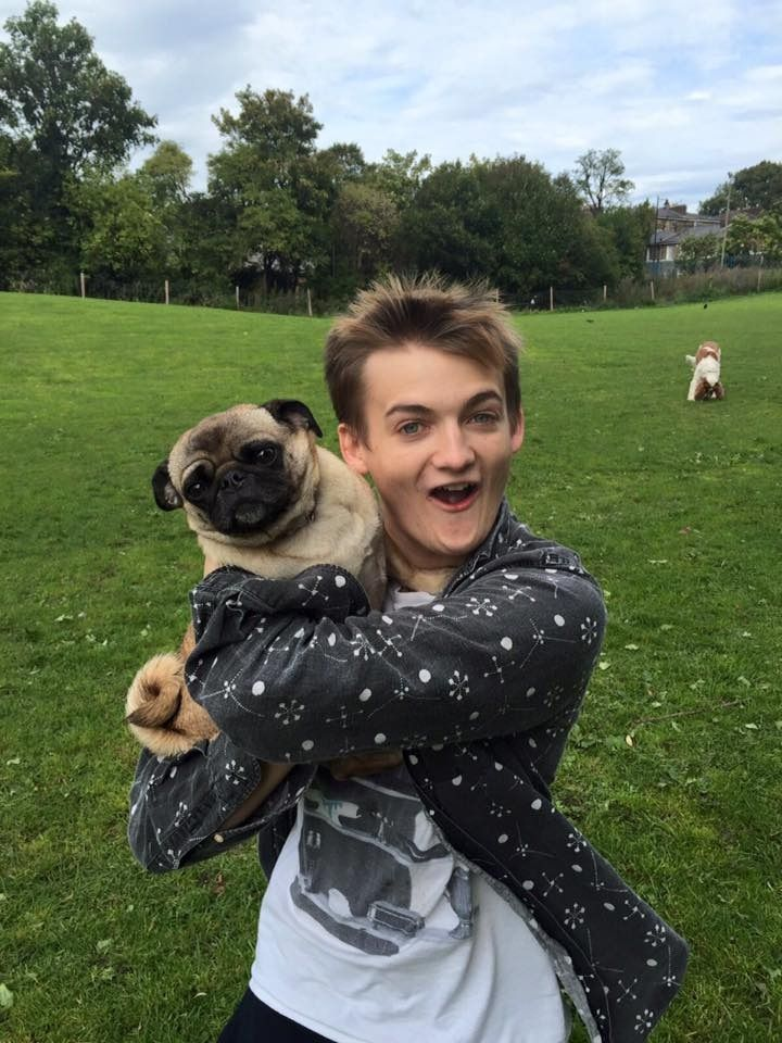Game of Thrones actor Jack Gleeson made a pug friend