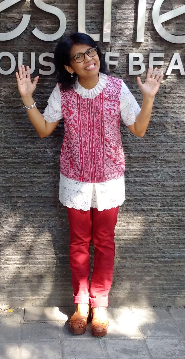 Batik sarung tageduk dan lace