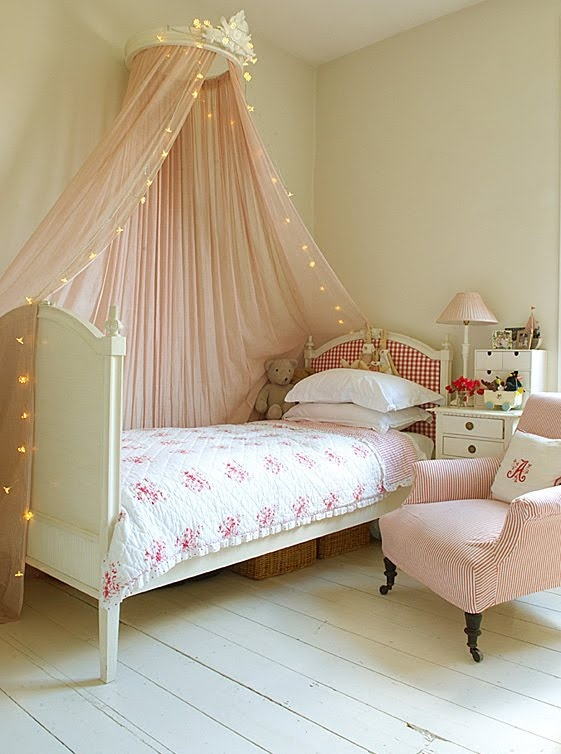 pink girl bedroom love the mosquito net so pretty