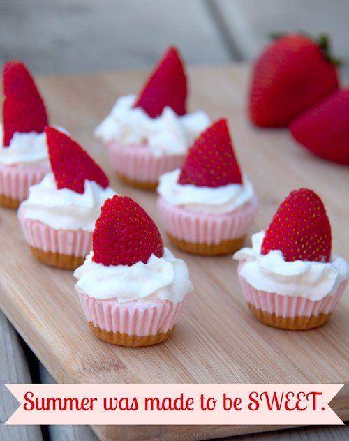 Mini Strawberry Cheesecake Bites by #PhillyAmbassador @Tammi Nepia Roy #bitesize #treat