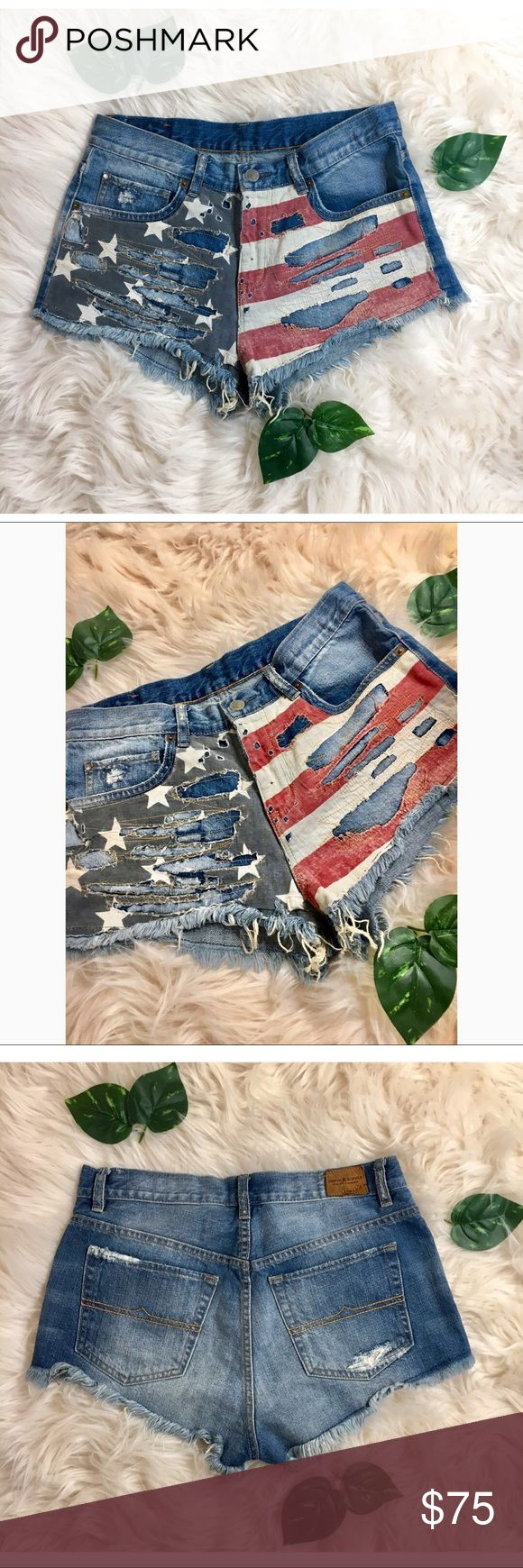 ✨Denim & Supply Distressed Flag Shorts!✨ ✨Denim & Supply Distressed Flag Shorts! In great condition! I'm open to any offers and bundles are better!✨  ✨MATERIAL✨ ✨100% Cotton✨  ✨MEASUREMENTS✨ ✨Waist: 29 inches, Inseam: 1.5 inches, Outseam: 9.5 inches, Leg Opening: 21 inches, Front Rise: 10 inches,  Back Rise: 10 inches, Back Rise: 15 inches, Hips: 40 inches✨  ✨Have a wonderful day!✨ Denim & Supply Ralph Lauren Shorts
