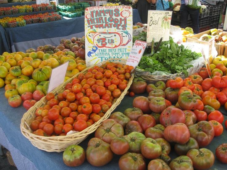 Summer Tomatoes at the Santa Cruz Farmers' Market
